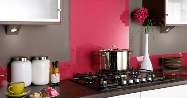 fliesenspiegel k che glas k chenr ckwand spritzschutz k che glaswand pink ideen rund ums haus. Black Bedroom Furniture Sets. Home Design Ideas