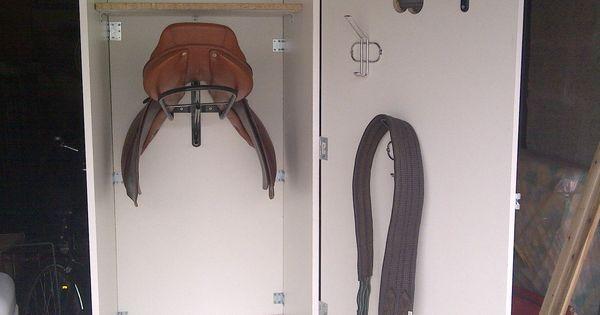 vos armoires de sellerie cheval pinterest armoires. Black Bedroom Furniture Sets. Home Design Ideas
