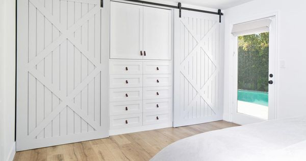 Do It Yourself Home Design: The Master Bedroom Incorporates An Ingenious Barn Door