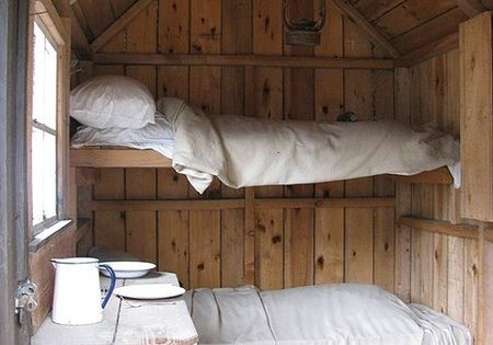 I want to make a bunk room in our cottage and love