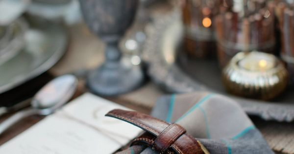 leather belt napkin ring
