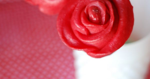 Rose Cake Pops Tutorial By Pizzazzerie -- see more at LuxeFinds.com