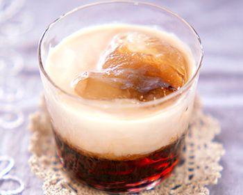 チョコレートとコーヒーのカクテルのレシピ 作り方 E レシピ 料理のプロが作る簡単レシピ レシピ ドリンクレシピ カクテル レシピ レシピ