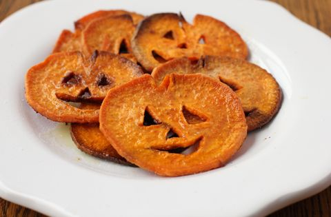 HaLLoWeeN..Jack-o-Lantern Sweet Potato Fries These yummy fries are brimming with healthy vegetable