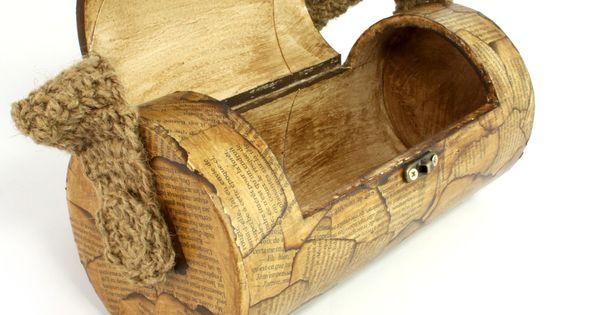 sac main tr s original en tube de carton cr ateurs de. Black Bedroom Furniture Sets. Home Design Ideas