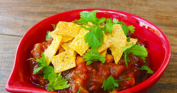 Three Bean and Mushroom Vegan Chili With Crunchy Tortilla Strips ...