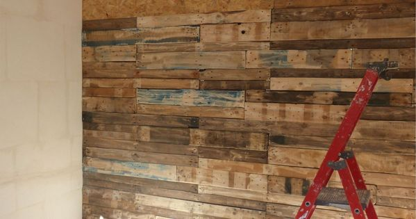 mon mur en palettes objet et meuble en palette deco pinterest pallets salons and woods. Black Bedroom Furniture Sets. Home Design Ideas