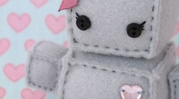 The most wonderful felt robots! Not only a gift for baby to