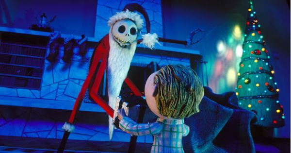A Nightmare Before Christmas Is Now Available On Netflix Streaming Nightmare Before Christmas Movie Christmas Horror Movies