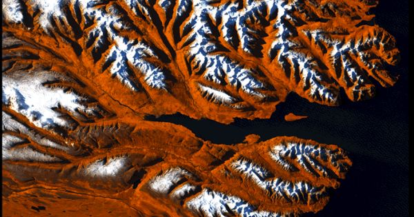 30 year time lapse video from satellite images of the earth