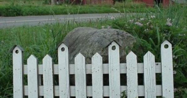 Amazon Com Barnwood Decor Barnwood Small Picket Fence With