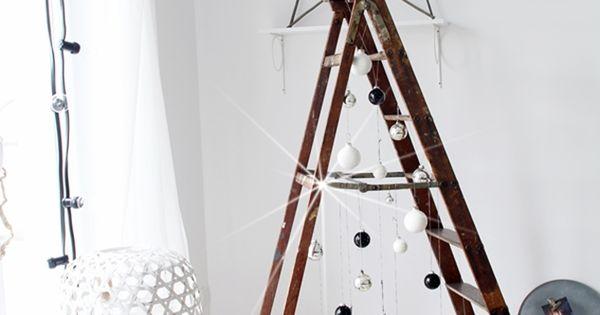 Diy leiter weihnachtsbaum alternativ und selber machen - Weihnachtsbaumkugeln selbst gestalten ...