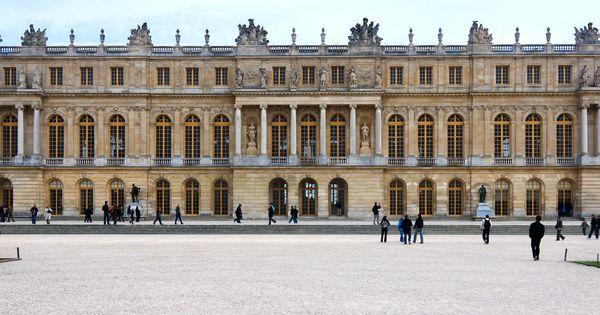 Garden facade the palace at versailles versailles france louis le vau and jules hardouin - Cabinet mansart versailles ...