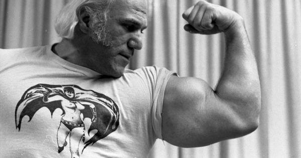 Wrestler Superstar Billy Graham Wrestling Pinterest