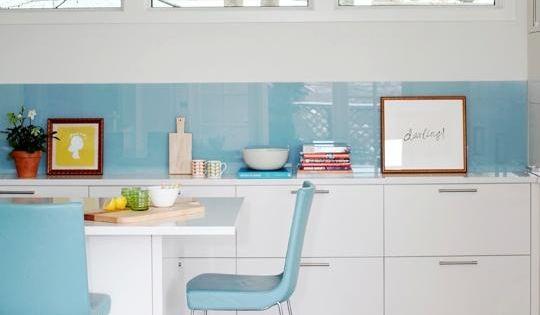 Pon un cristal en la cocina muy econ mico el frente - Frente cocina cristal ...