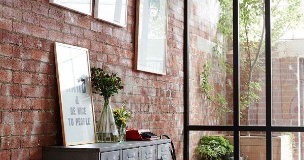 Tendencias grandes ventanas con cuadr cula de hierro - Tendencias decoracion paredes ...