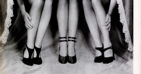 Fall Fashion Revue, 1947. © Philippe Halsman / Magnum Photos 1940s shoes
