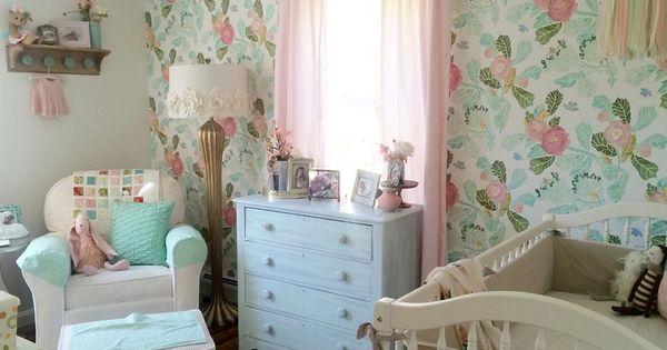 Schlafzimmer shabby ~ Tapete mit floralem motiv fürs shabby chic schlafzimmer shabby