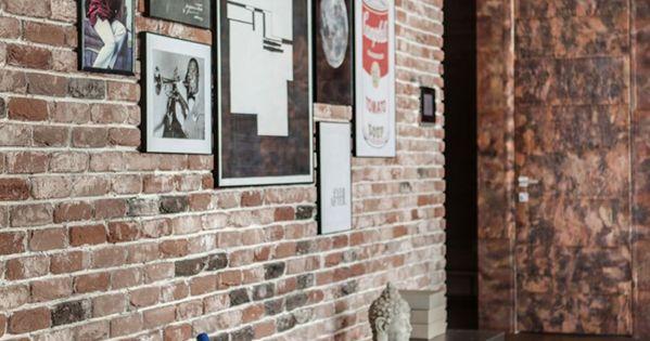 salon avec mur de briques rouges murs de briques rouges. Black Bedroom Furniture Sets. Home Design Ideas