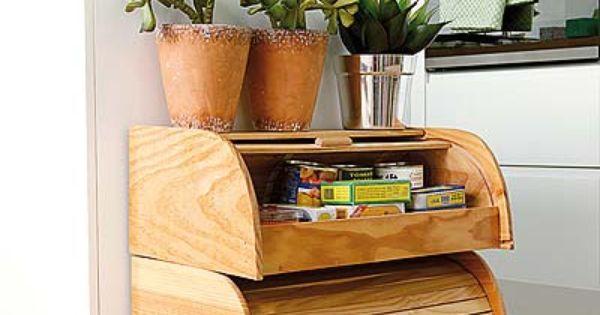 Un muebles auxiliar para la cocina realizado con paneras de madera ...