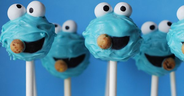 Sweet Cheeks Tasty Treats cake pops