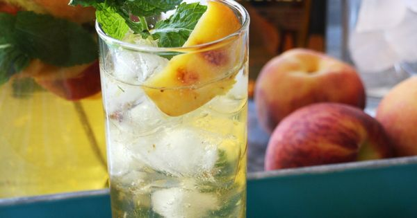 White wines, White wine sangria and Cocktails on Pinterest