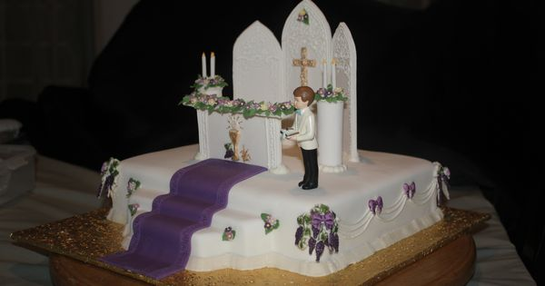 Altar first holy communion cake first holy communion for Altar decoration for first holy communion
