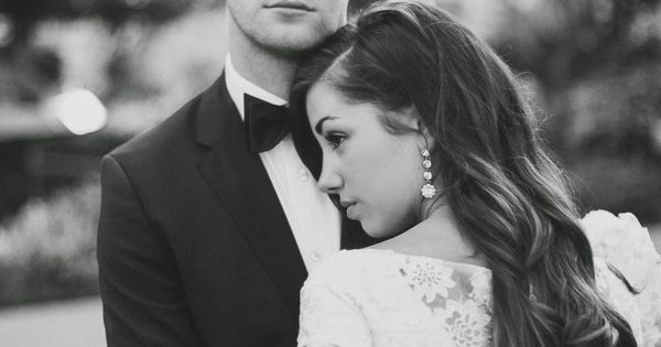 I love how the focus is on the groom. For engagement photo,