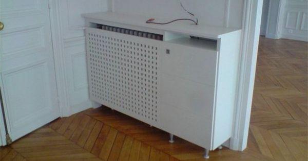 Cache radiateur avec un caillebotis pour laisser passer for Meuble chaine hifi