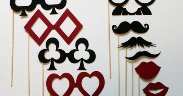 diy des accessoires fabriquer pour mon photobooth photomatons cravates et boas de plumes. Black Bedroom Furniture Sets. Home Design Ideas