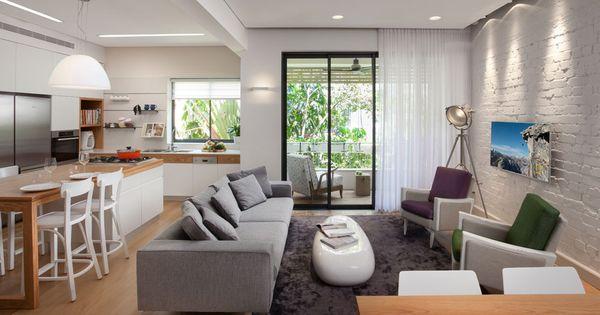 Homedesignideas Eu: בין המטבח לסלון מפרידה קורה תומכת שטויחה בגוון של התקרה