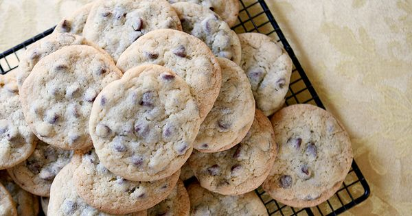 Happy National Chocolate Chip Cookie Day 1000 Life Hacks Chocolate Chip Cookies Chip Cookies Chocolate Chip