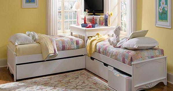 Corner Utilisation With L Shaped Trundle Beds Girls