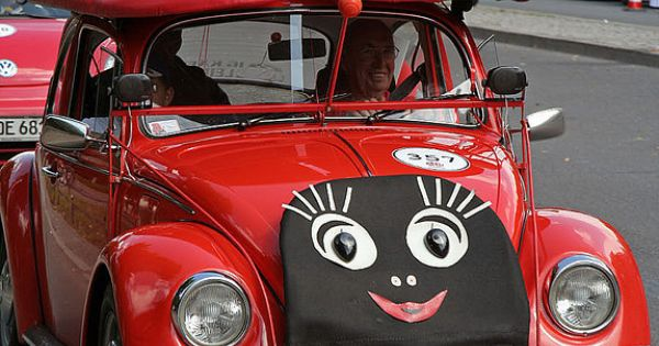 Vw Of Salem >> What a car, little lady! | Luck be a lady.... | Pinterest | Volkswagen, Too cute and Volkswagen ...