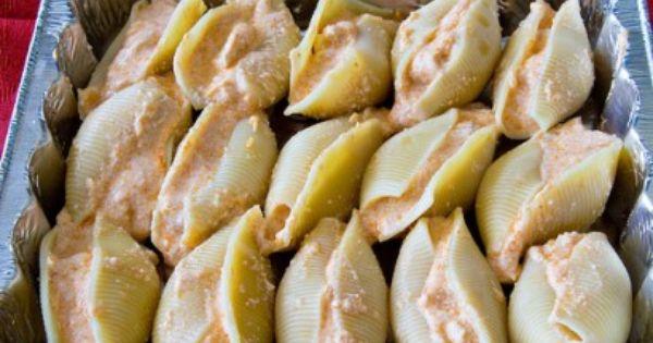Buffalo chicken stuffed shells *yummy*