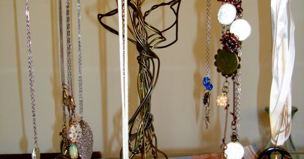 Upcycled Wire Coat Hanger Jewelry Tree Stand Via Etsy Make It With Wire Coat Hangers