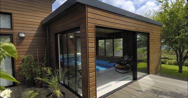 notre extension en bois abrite une piscine afin de pouvoir en profiter tout au long de l 39 ann e. Black Bedroom Furniture Sets. Home Design Ideas