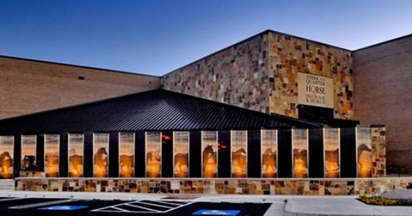 Foyer Museum Hours : Aqha members enjoy free admission to the american quarter