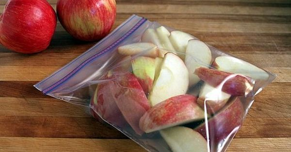 I will definitely have to try this- i eat apple slices nearly