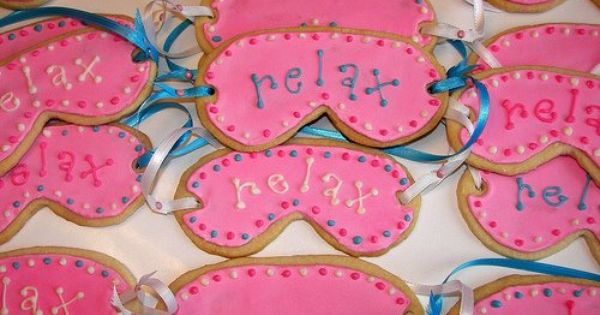 Spa party cookies...these are cute @Carla Reis Alexander ...