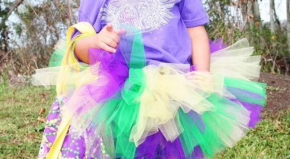 Mardi Gras little girl! Starting young :)
