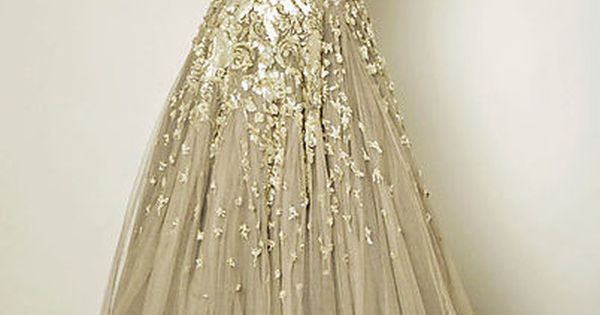 Vintage Dior. Need I say more? fashion dior gown wedding wedding_dress