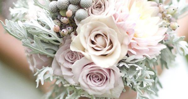 Winter bouquet - winter wedding flowers #rockmywinterwedding