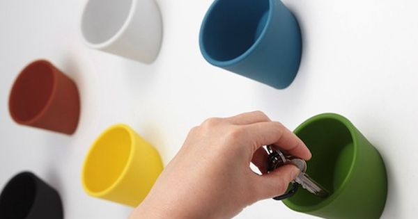 Wall cups
