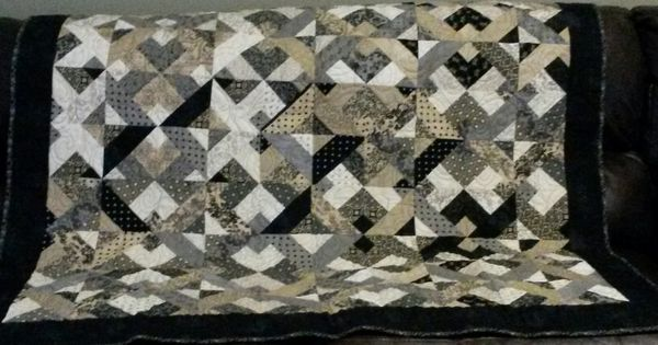 Quilt Made From Jelly Roll Quilt Pattern By 3 Dudes