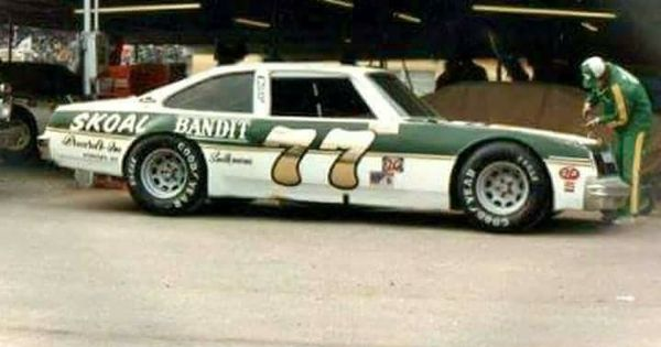 Harry Gant Skoal Bandit Buick | NASCAR & Local Late Model Sportsman / BGN 1970-1988 | Pinterest ...