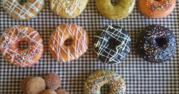 Baked Donuts دونات مخبوزة بالفرن مع طرق التزيين Desserts Food Doughnut