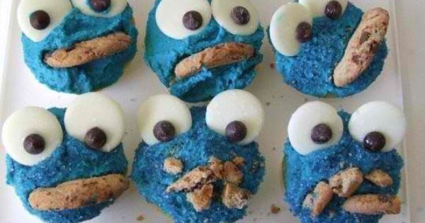 Cookie Monster cupcakes - cute idea