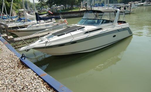 Regal Commodore 290 1990 Used Boat For Sale In Exeter Ontario Boats For Sale Used Boat For Sale Boat
