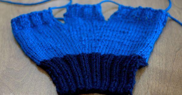 Easy Fingerless Gloves Pattern That Is Knit Flat